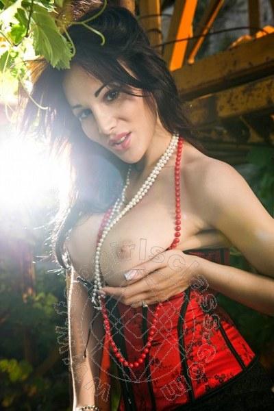 Lory Misscurvy Massaggiatrice Italiana  ROMA 3283029812